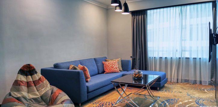 pklcc_day-office_living-room