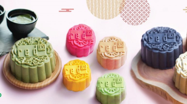 handcrafted-mooncakes