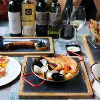 gourmet-wine-pairing-set