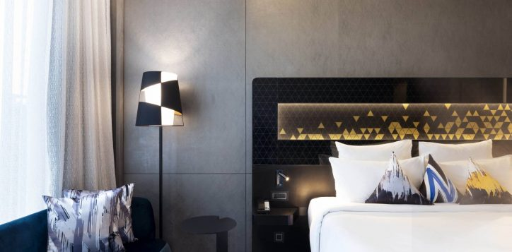 novotel-deluxe-room