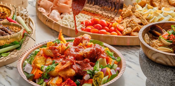 novotelstevens-food-exchange-indian-rojak