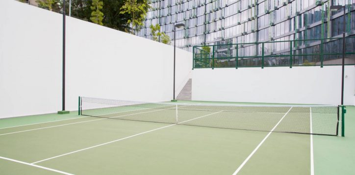 novotelmercurestevens-tenniscourt