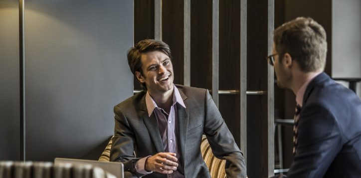 pullman-adelaide-hotel-meetings-and-events-executive-lounge-image3-2