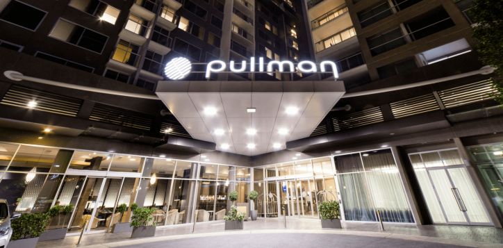 pullman-adelaide-hotel-rooms-and-suites-image-01
