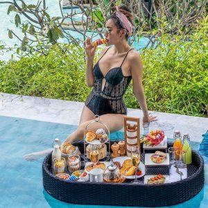 Floating Breakfast in Phuket