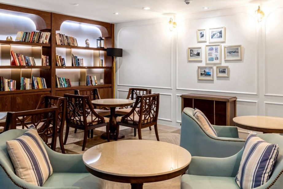 tearapy-lounge