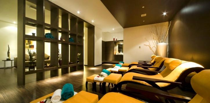 Reflexology-@-Fit-Spa-Lounge-II.jpg