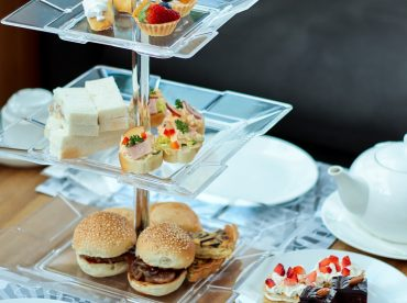3-tier-afternoon-tea-time