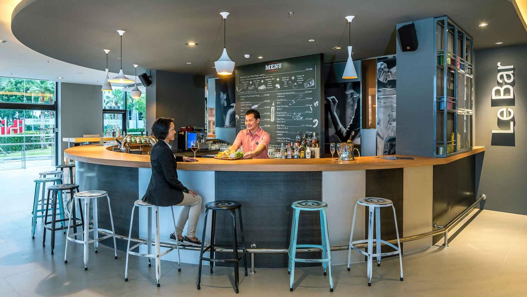 ibis-cafe-and-bar