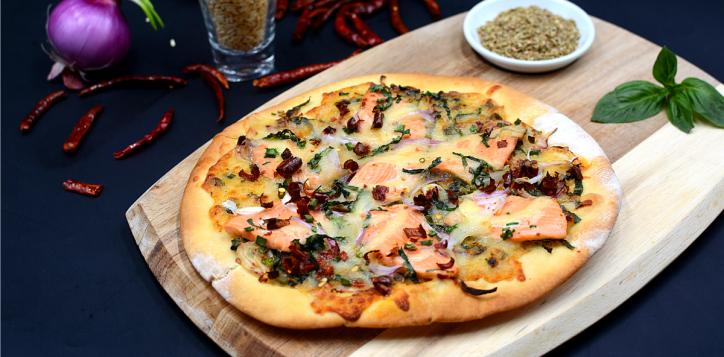 ibi_laab_salmon_pizza_1200x675