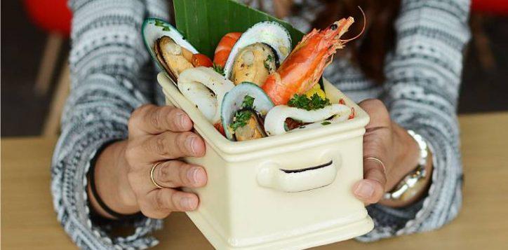 seafood_bucket_750x420_aug19