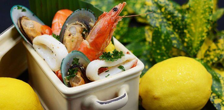 seafood_bucket_cover_1800x675_aug19