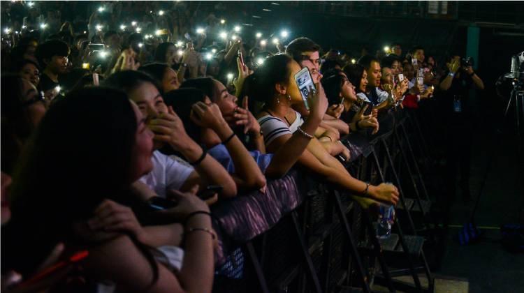 """IU Tour Concert """"LOVE, POEM"""""""