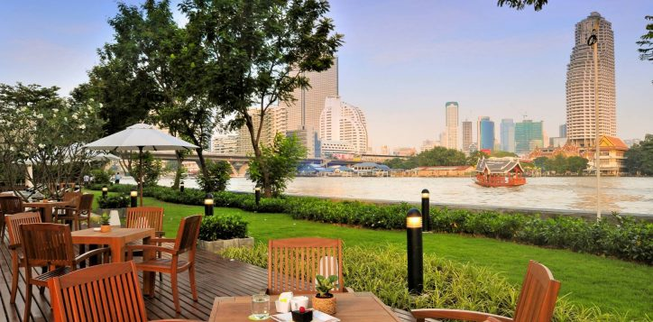bangkoks-best-pet-friendly-hotel-ibis-bangkok-riverside