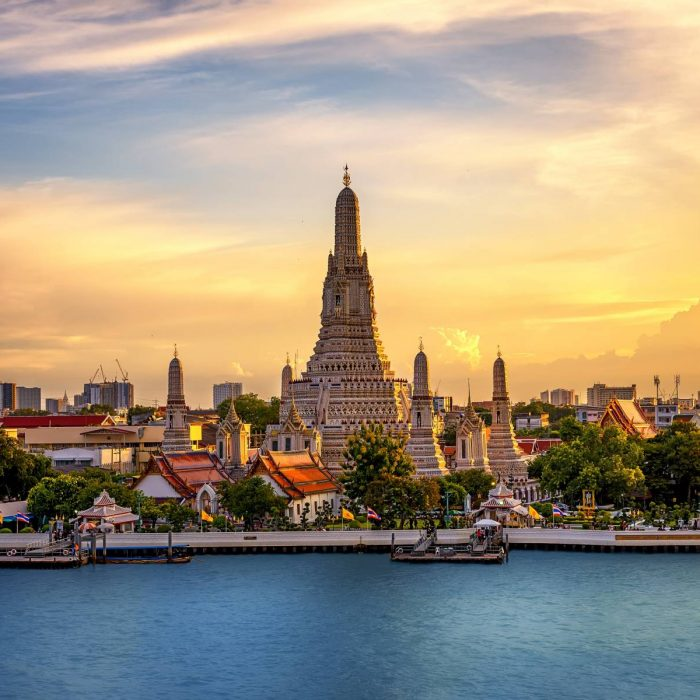 explore-bangkok-attractions-along-chao-phraya-river