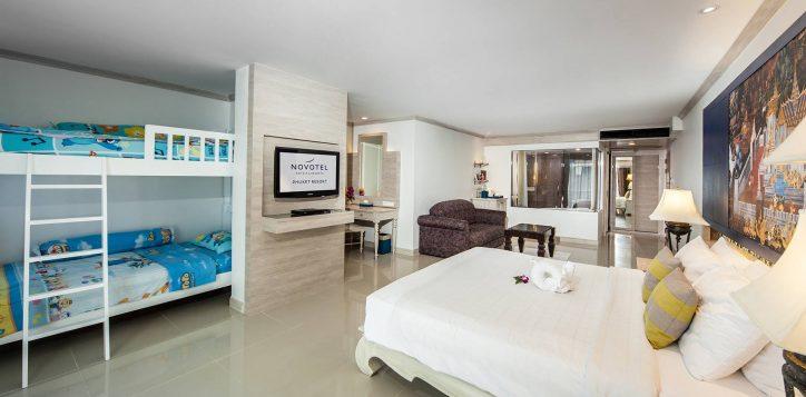 novotel-phuket-resort-deluxe-family-001-2