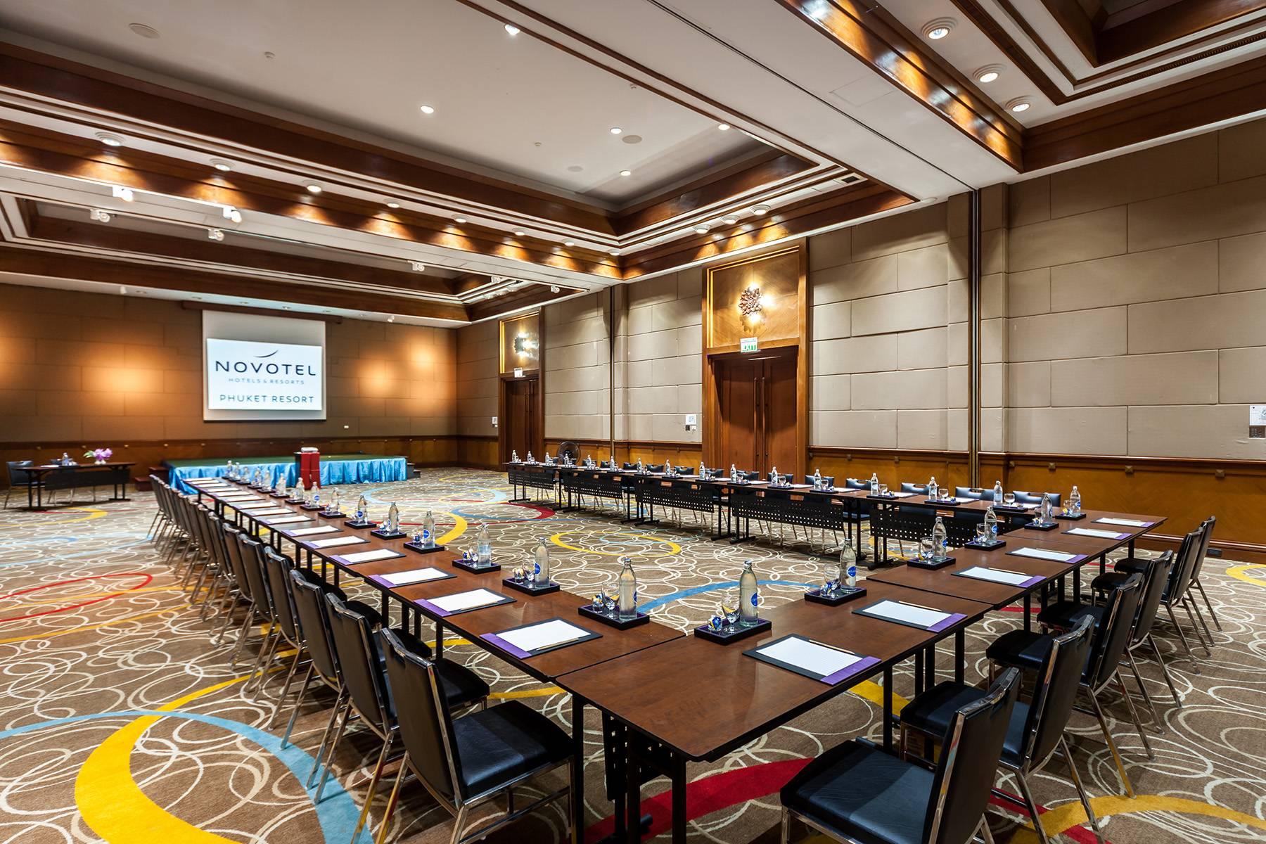 meeting-at-novotel-phuket