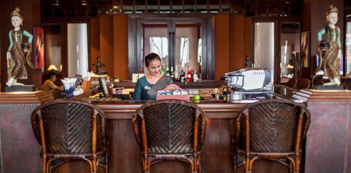 novotel-phuket-resort-vlounge-0012