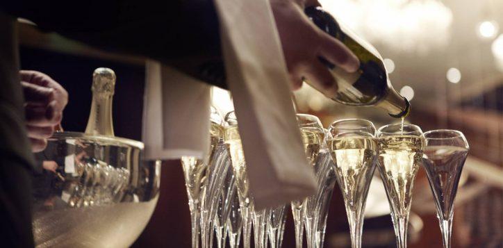champagne_image15_65330316_le_royal_monceau_raffles_paris
