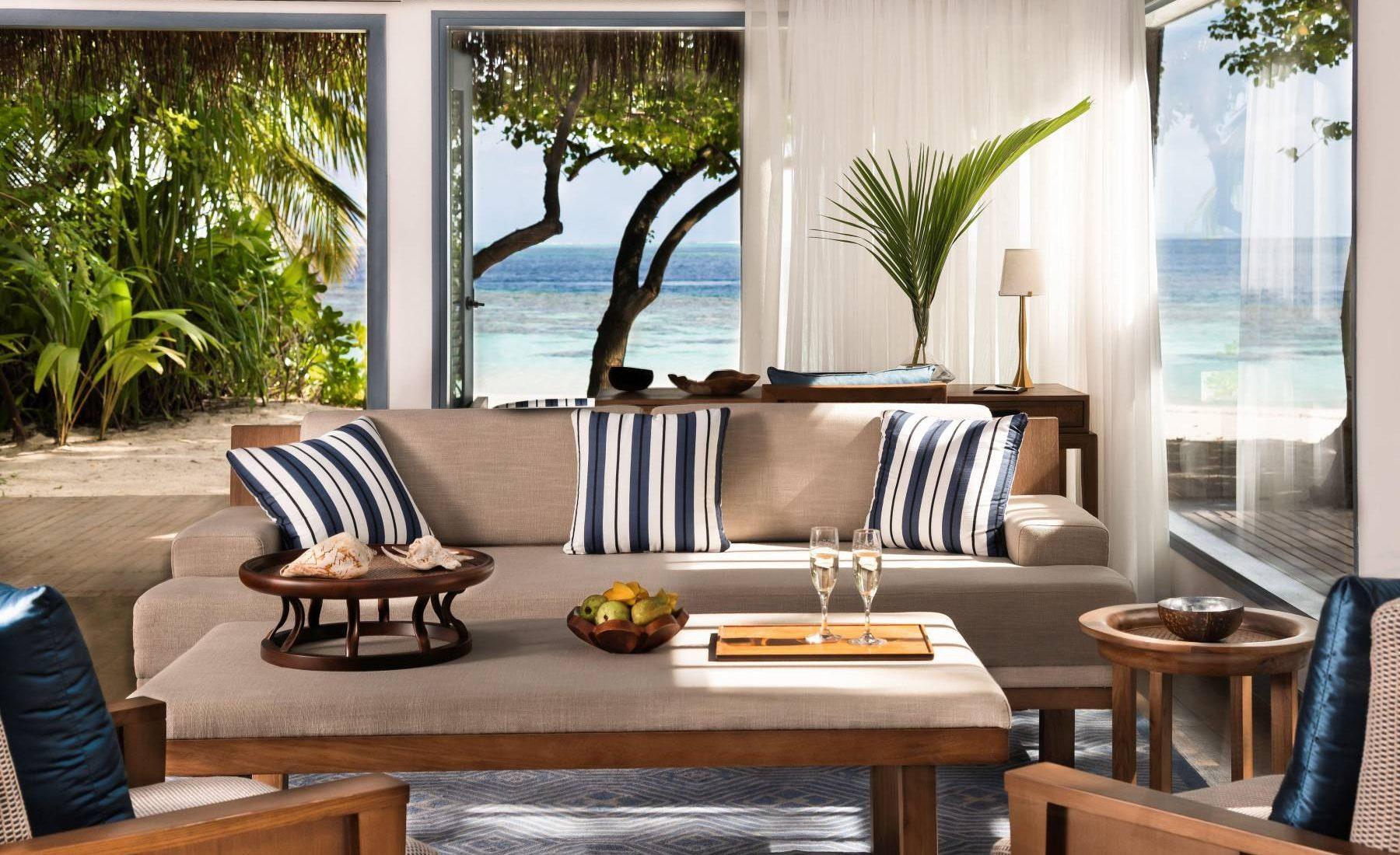 Raffles Maldives Meradhoo - Deluxe Beach Villa with Private Pool