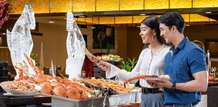 seafood-buffet-hooked-on-seafood-the-square