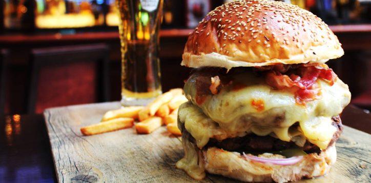 free-jumbo-burger-time-out-bar