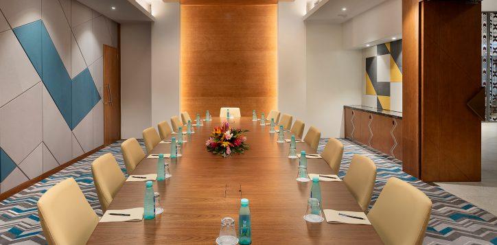 Sqoni-Boardroom-1.jpg