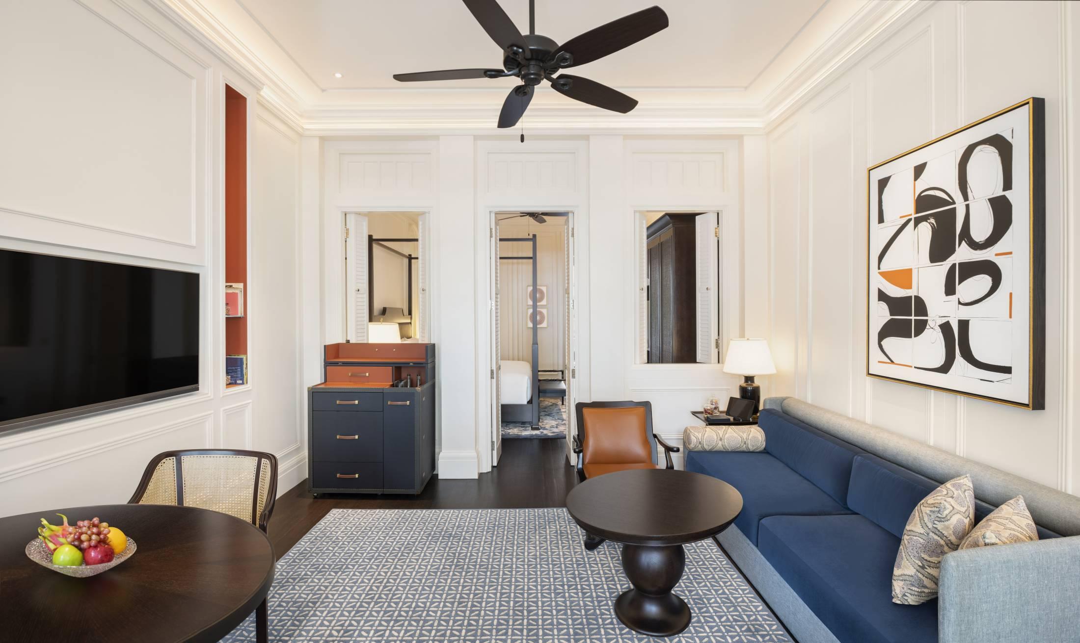 raffles singapore  all suite hotel  state room suites