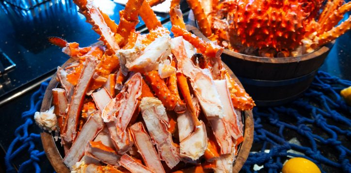 treat-your-valentine-to-alaska-king-crab-seafood