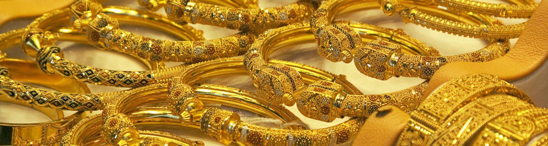 Dubai Gold Souk - Shopping in Dubai   Novotel World Trade