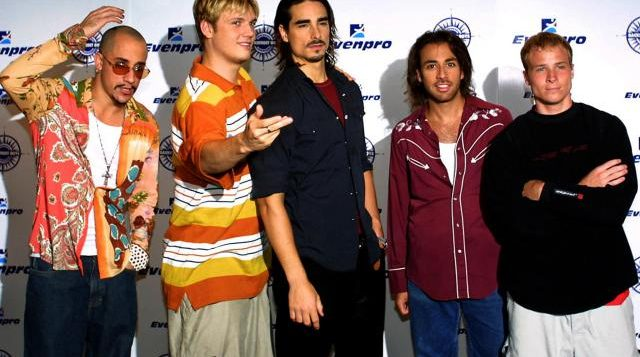 the-backstreet-boys-pose-during-press-conference-1
