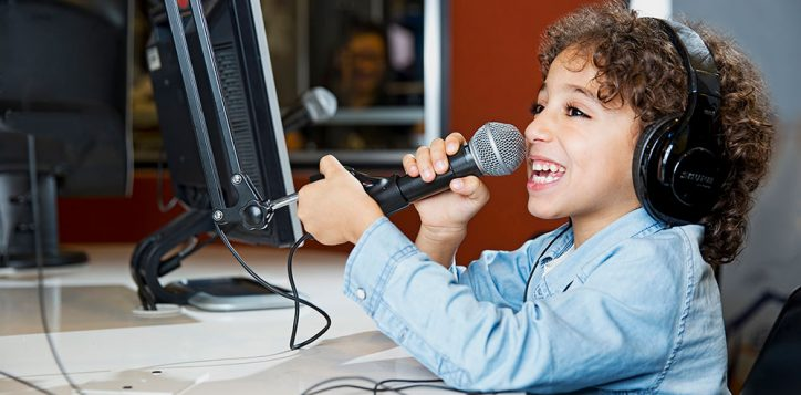 kids-radio-dj