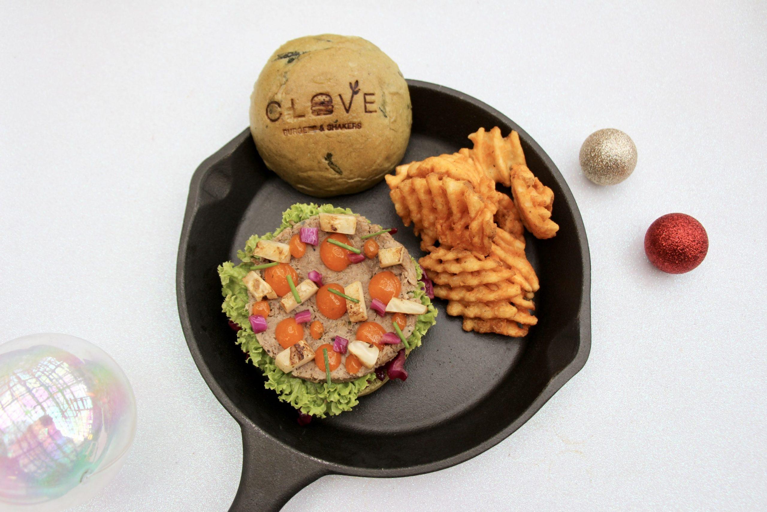CLOVE Festive Burger