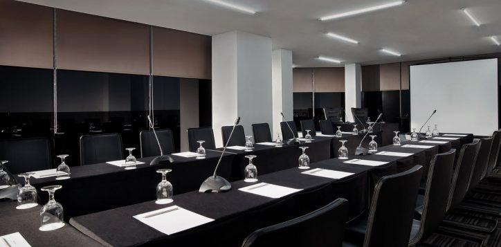 meetingroom-jpg