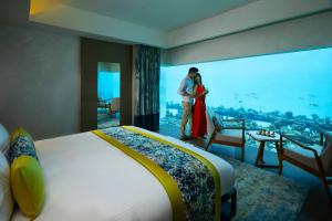 Underwater bedroom in Maldives - The Aqua Villa | Pullman Maldives