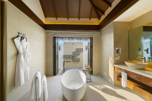 Aqua villa - bathroom | Pullman Maldives