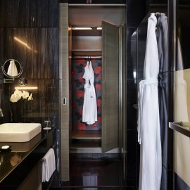 Luxury Club Room Bathroom Wardrobe