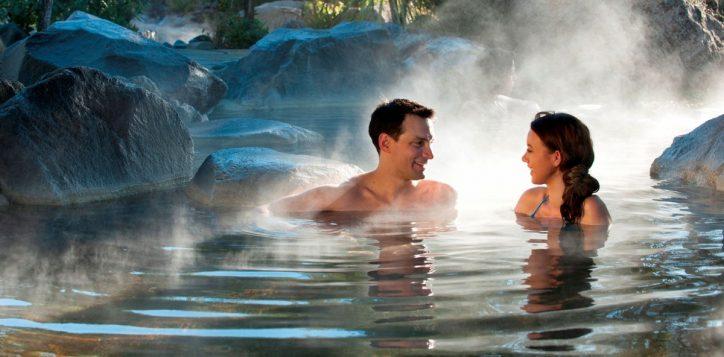 romantic-couples-escape