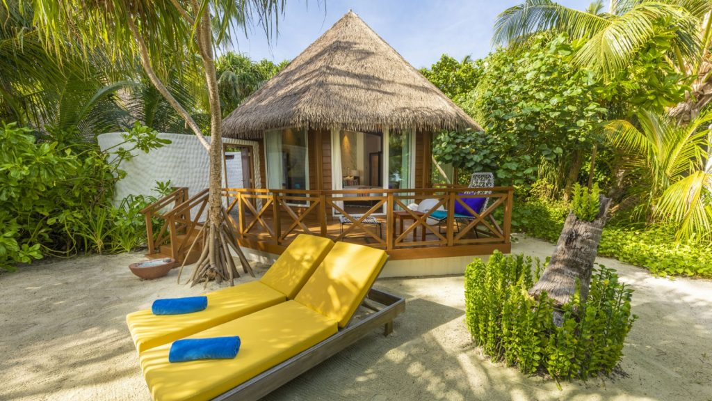 Beach villa_Mercure Maldives Kooddoo