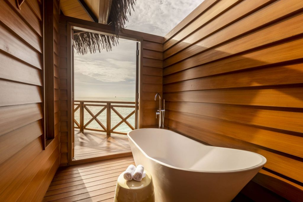 Over water sunset pool villa_Mercure Maldives Kooddoo
