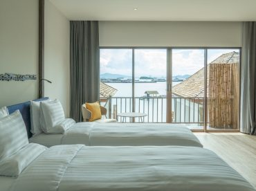 koh-si-chang-sea-view-premier-villa