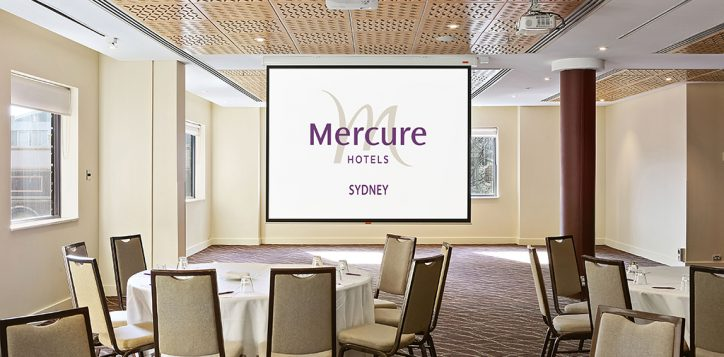 central-cabaret-2-with-mercure-logo