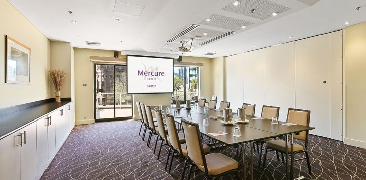 wynyard-boardroom-with-mercure-logo