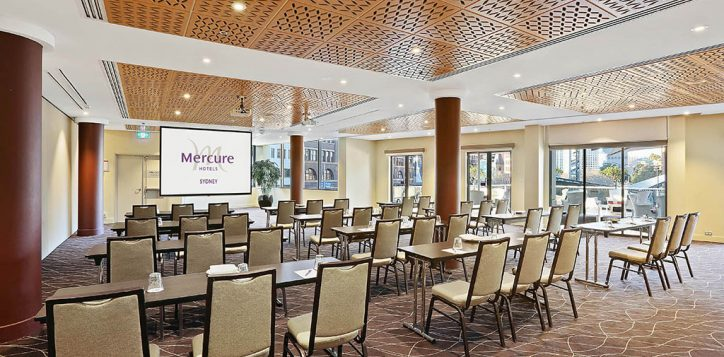 town-hall-classroom-with-mercure-logo