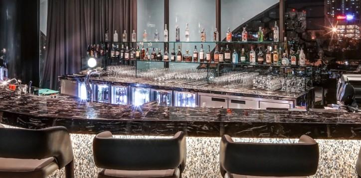 corniche-ultra-lounge