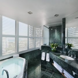 Image Luxury Ocean Spa Bathroom