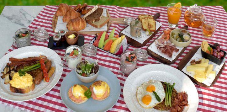 weekend-swiss-breakfast