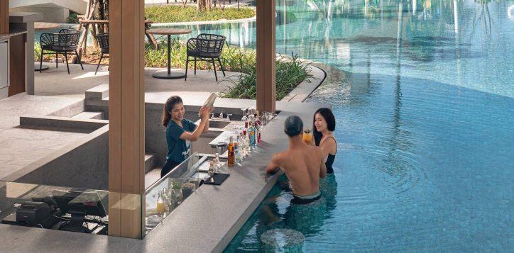 the-hub-pool-bar