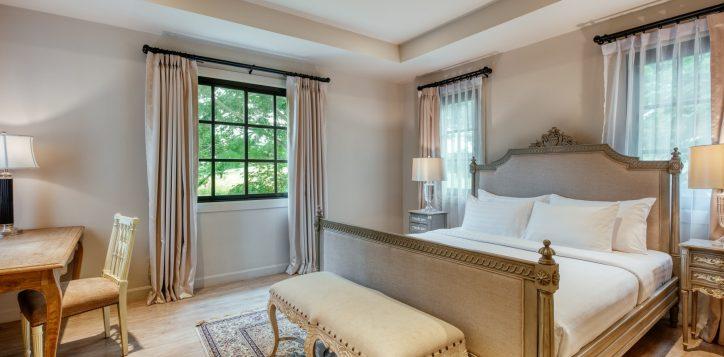 movenpick-khaoyai_5bedroom-pool-villa_secound-bedroom-2