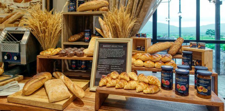 movenpick-khaoyai_flavours-of-khao-yai_breakfast-buffet-line3-2